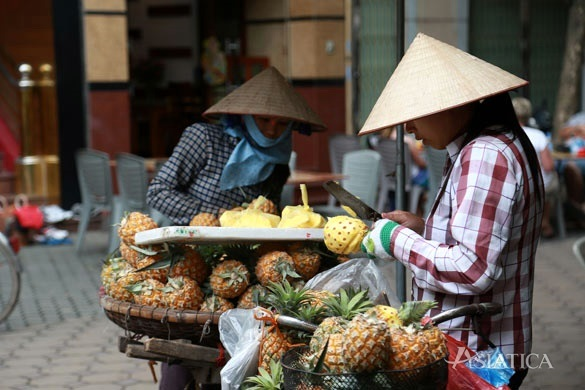 Street-food-tour-Hanoi
